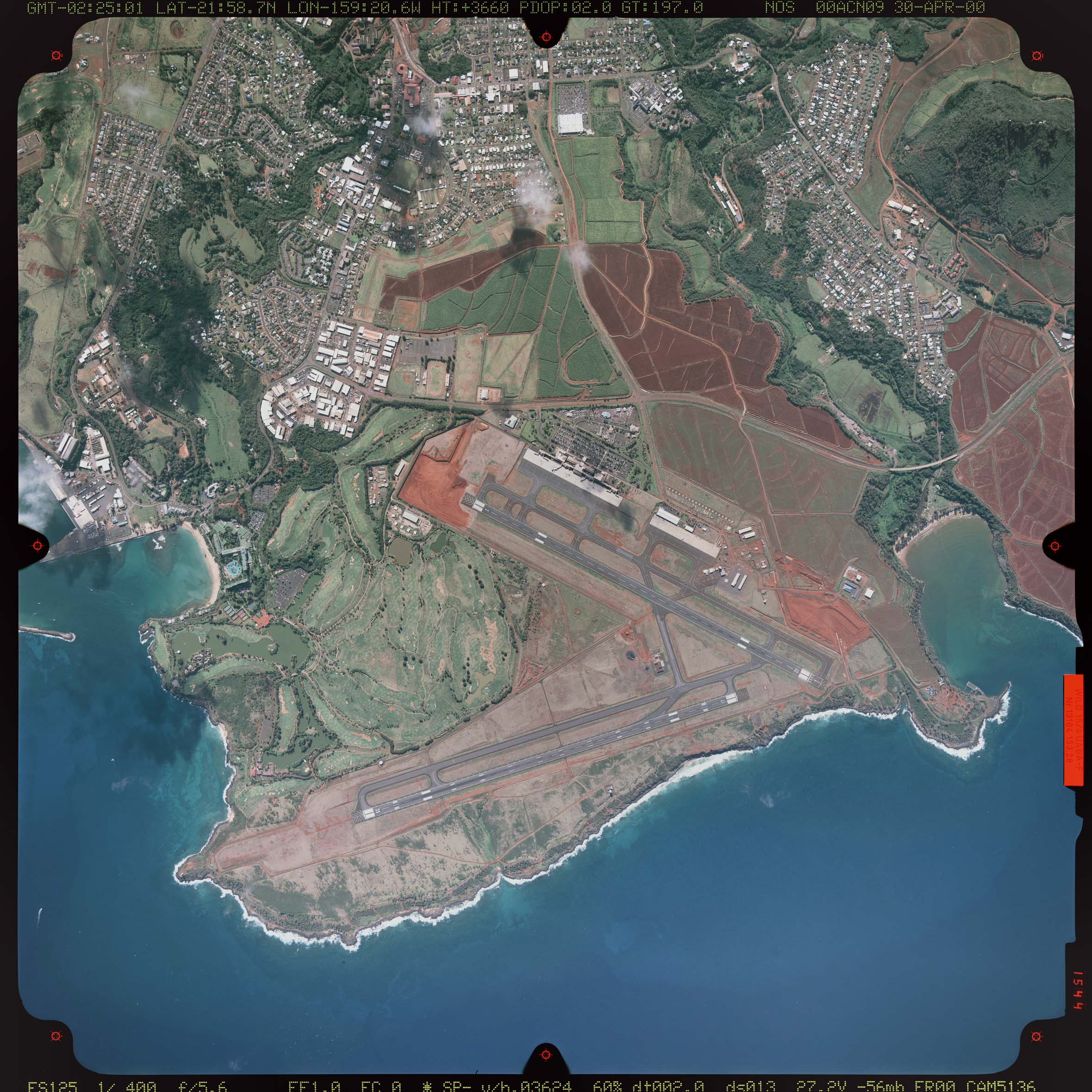 Aerial photograph of Lihue Airport taken in 2000